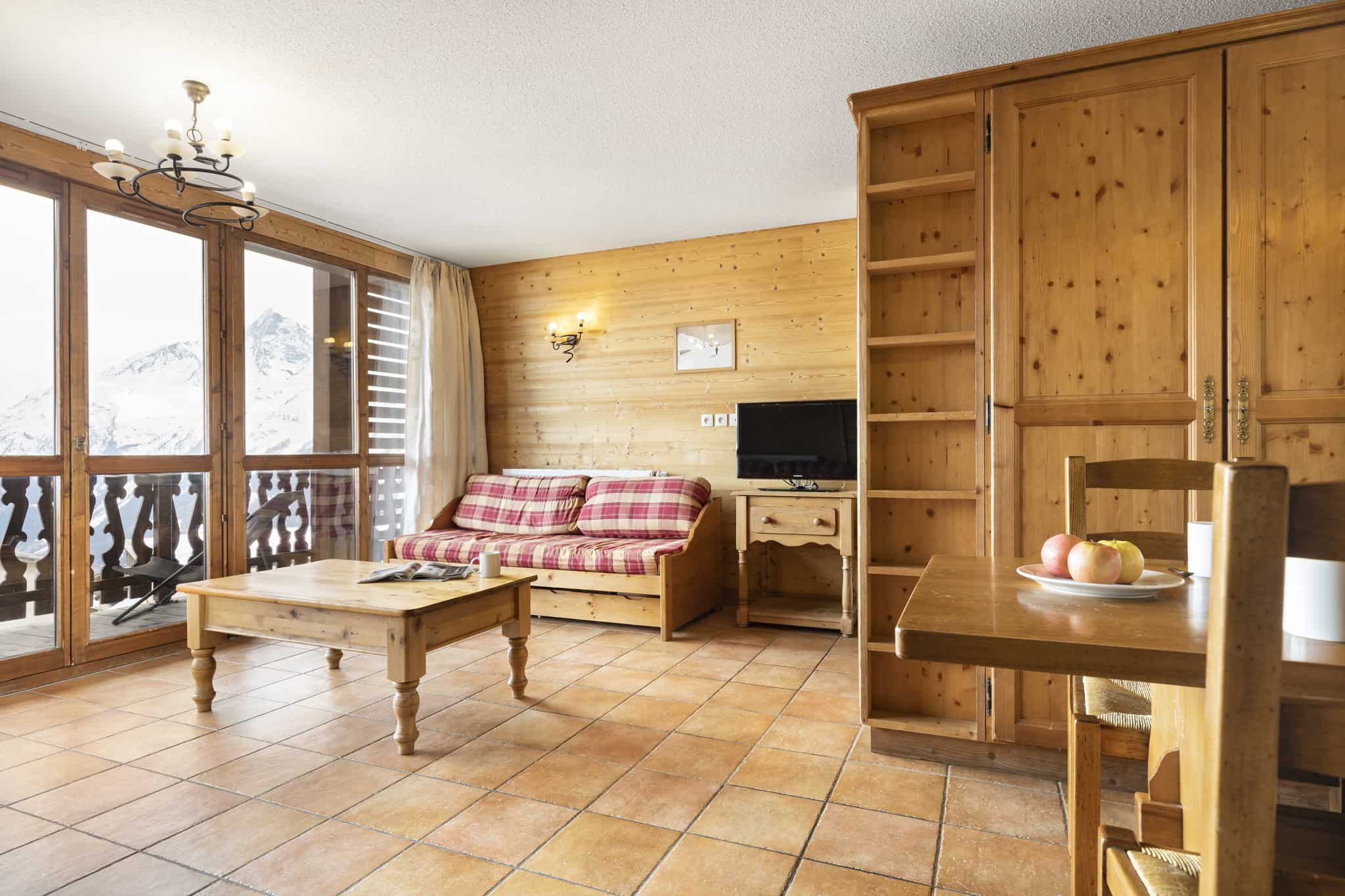 1-BLR-Types-Appartement-6-8pers-sejour
